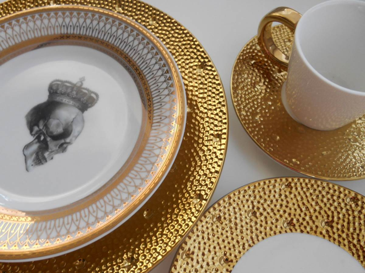 Fabrique de porcelaine Bernardaud  2min à pied. www.bernardaud.fr