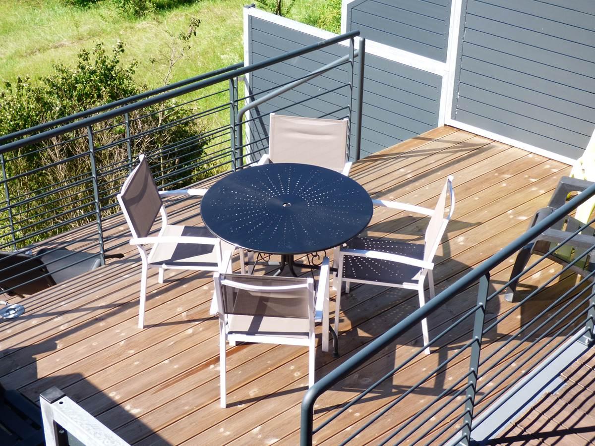 Vue petite terrasse2 Chambres d'Hôtes La Colline aux Yeux Doubs