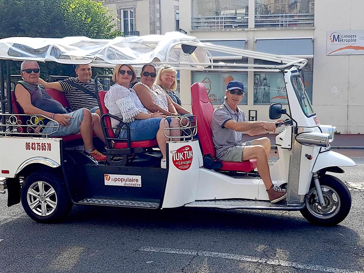 Tuk tuk de Limoges en route pour découvrir la ville