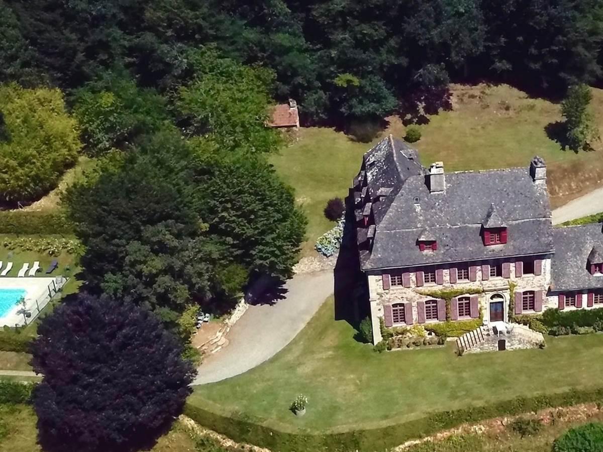 panoramic-aérien-maison-de-charme