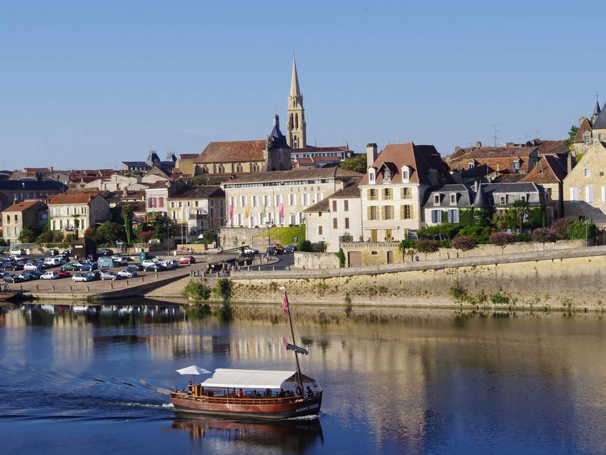 Gabarre sur la Dordogne à Bergerac