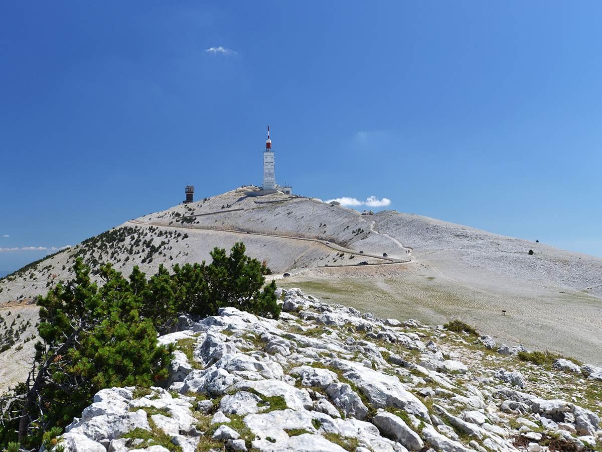 L'ascension du Mont Ventoux à vélo