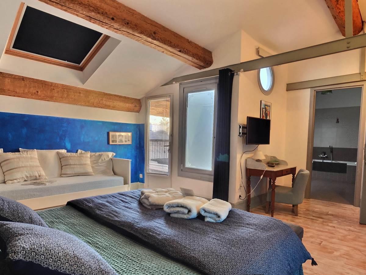 Azzurro - la casa occitane (3)