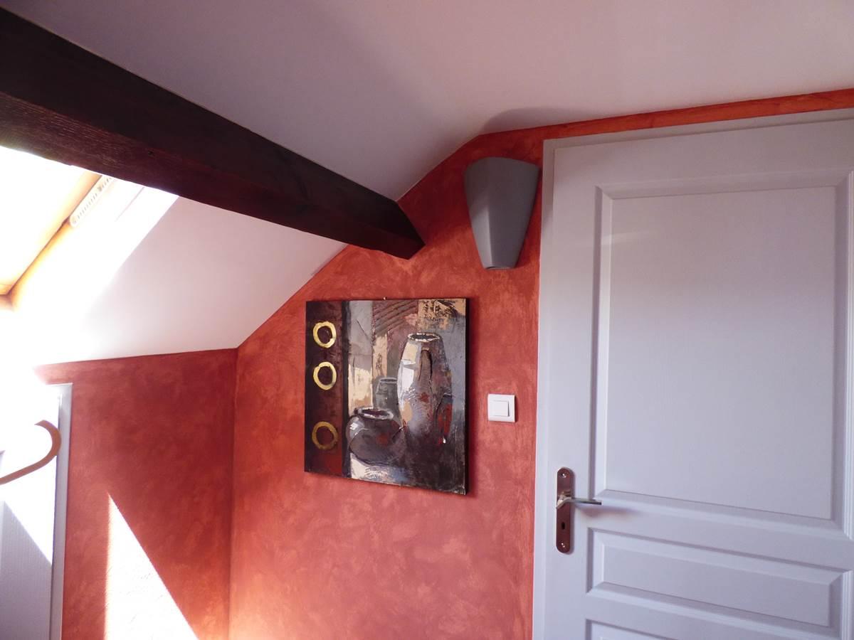 Entrée chambre Eloïse Jennifer Chambres d'hôtes La colline aux Yeux Doubs
