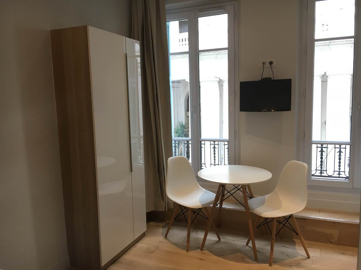 studio meublé Nice