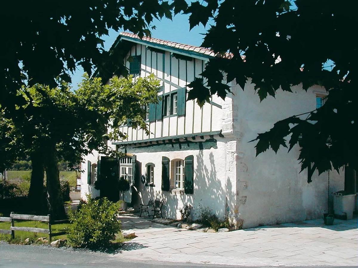 Hôtel Domaine de Bassilour