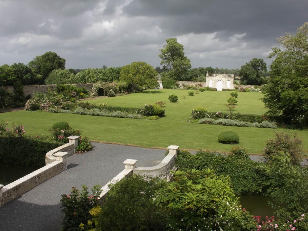 Château de Vouilly - le jardin