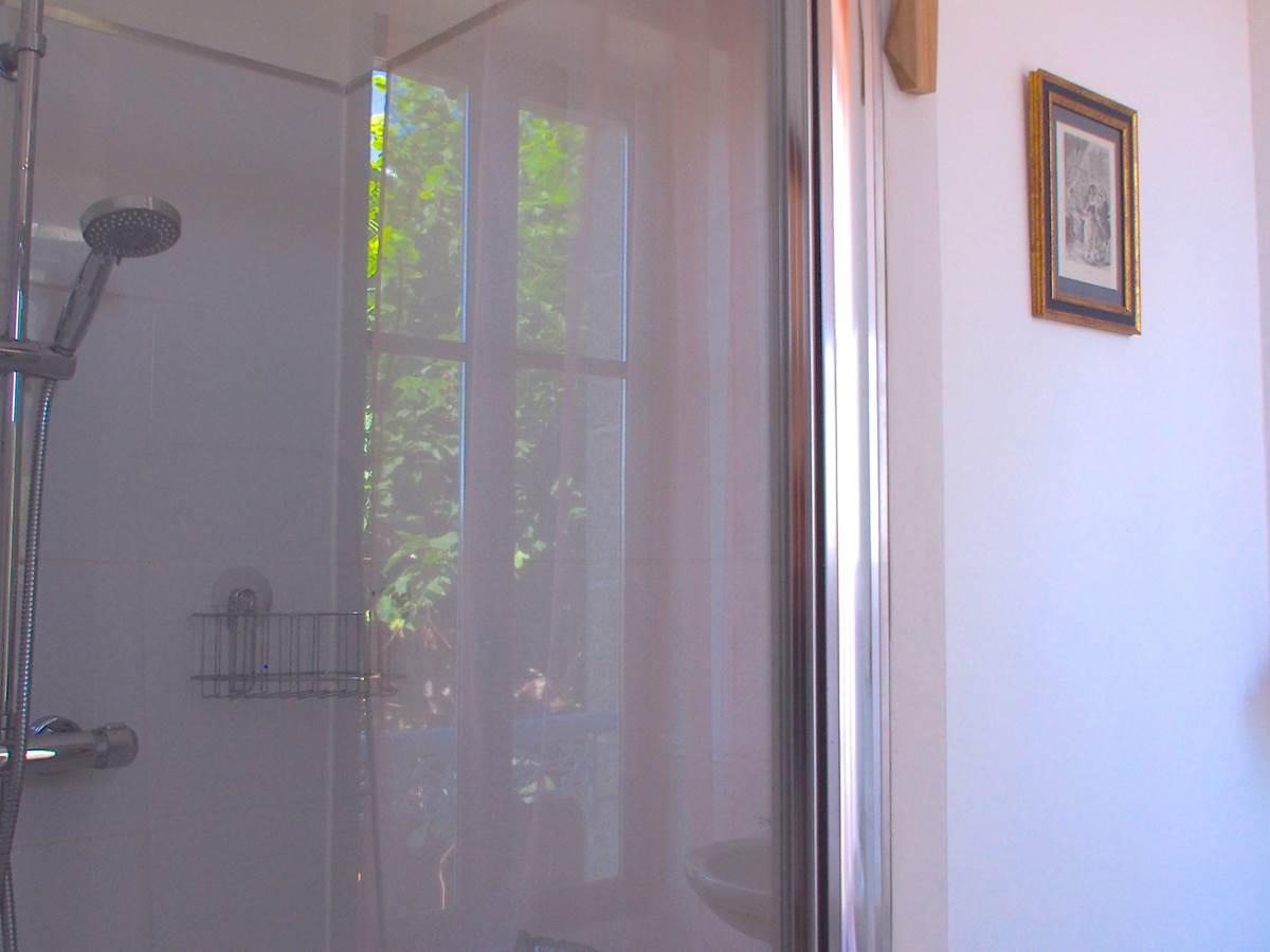 Maison Volière -  salle de bains chambre hirondelles