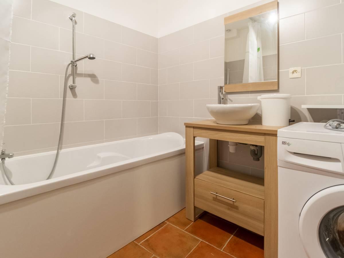 la salle de bain indépendante