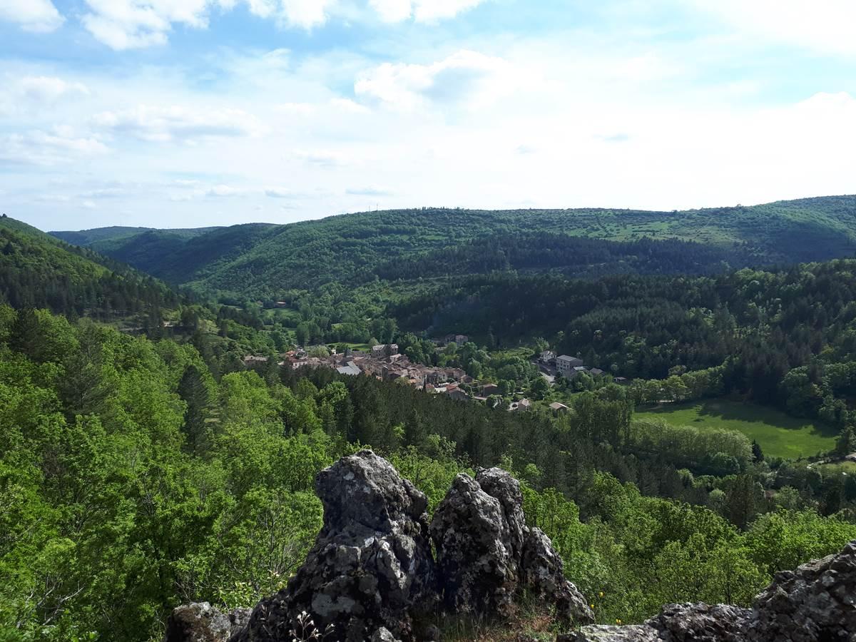 Vue d'Alzon depuis Notre-Dame