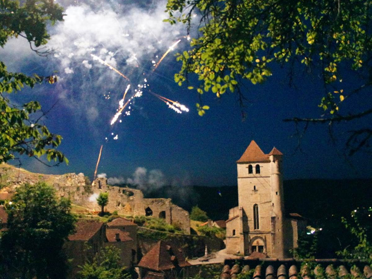 Feux d'artifices, fête de Saint Cirq Lapapopie
