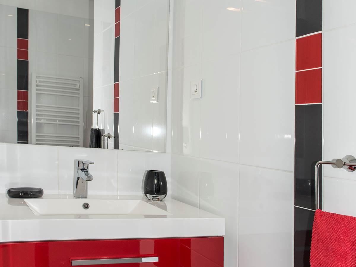 Le deux salle de bain mars 2014