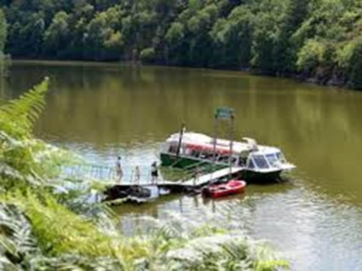 Lac de Crozant en bateau