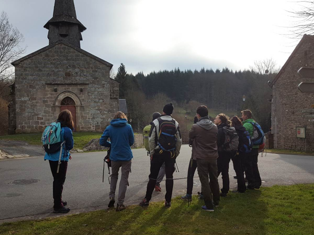 Randonnée dans les Monts de Guéret - (c) Creuse Tourisme