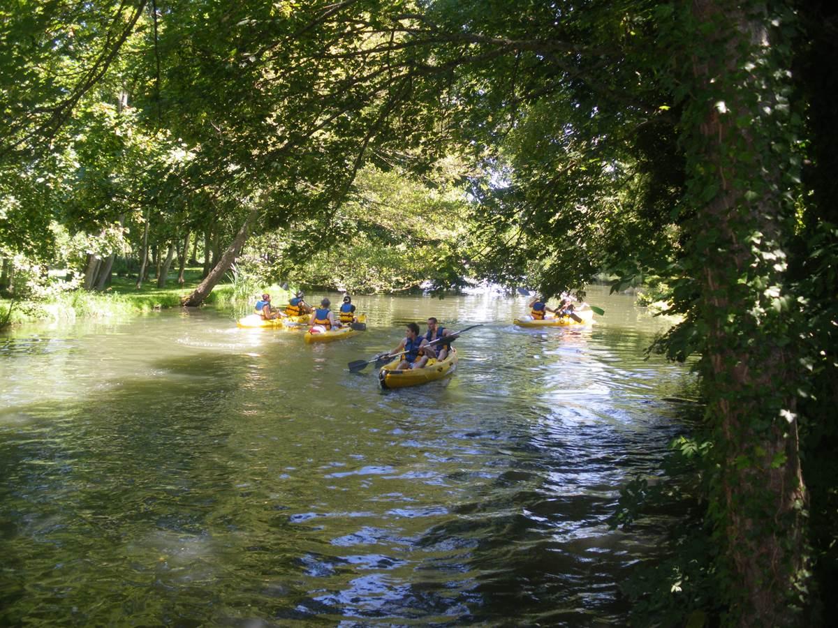La Croix St Leufroy Départ Canoe