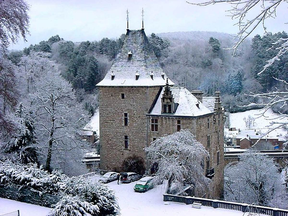 Chateau_de_Montjardin_15th_Century[2]