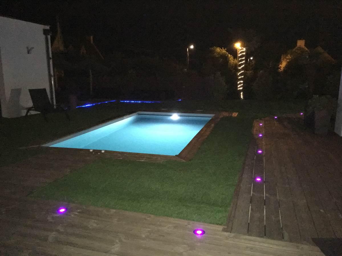 villa charles & ashton extérieur piscine nuit