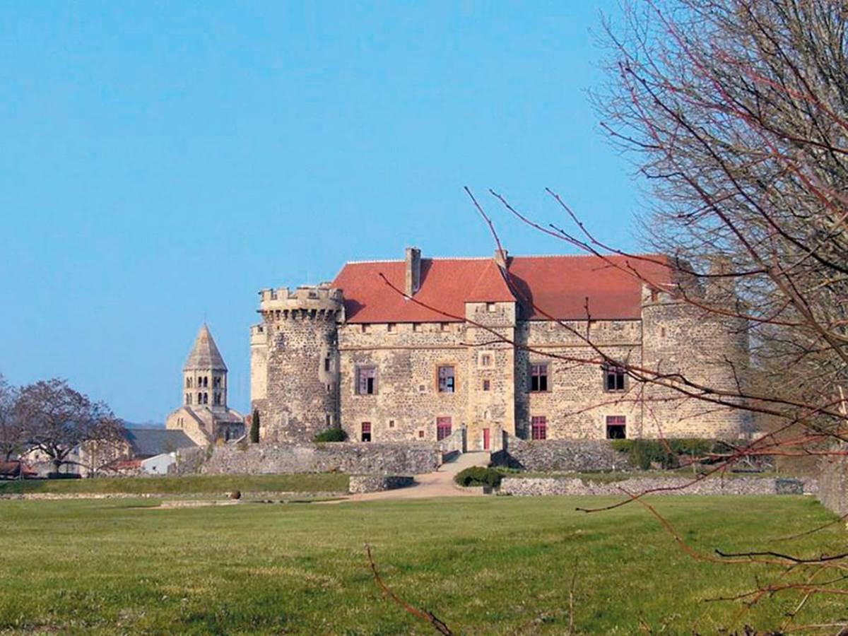 Château royal de Saint-Saturnin