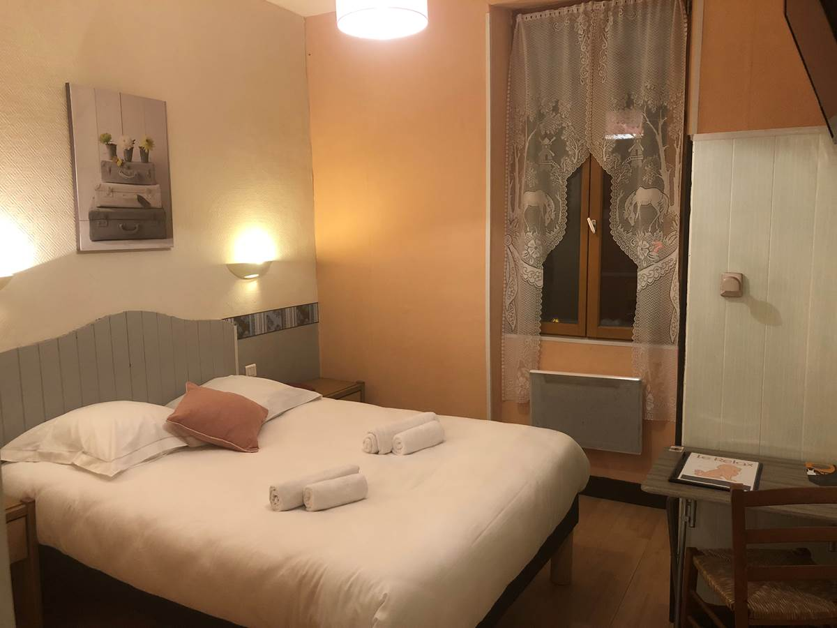 chambre double batisse rue n°1