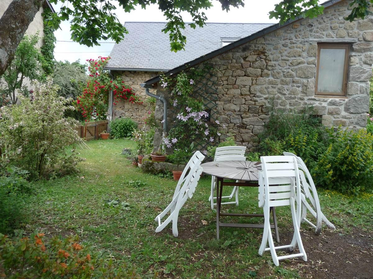 maison jardin location corrèze