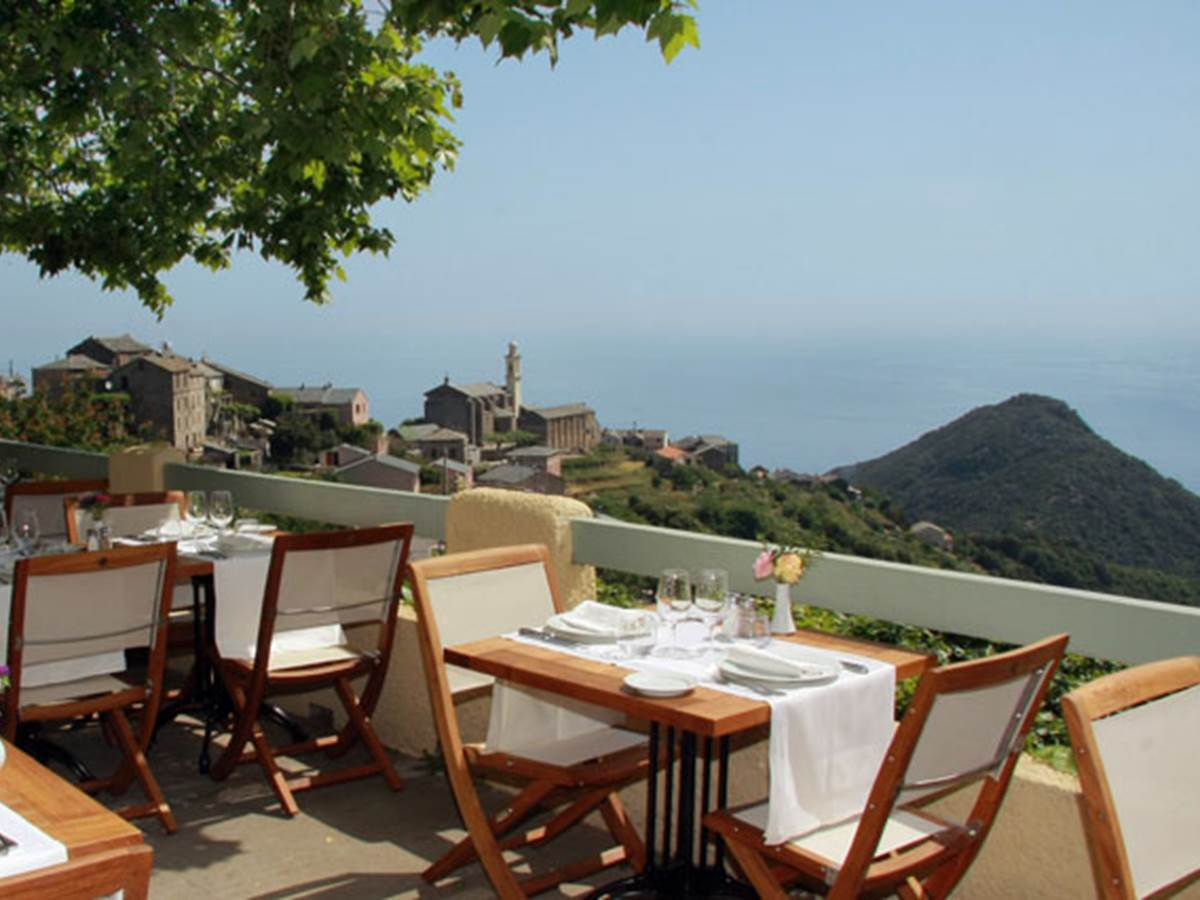Hôtel-Restaurant La Corniche