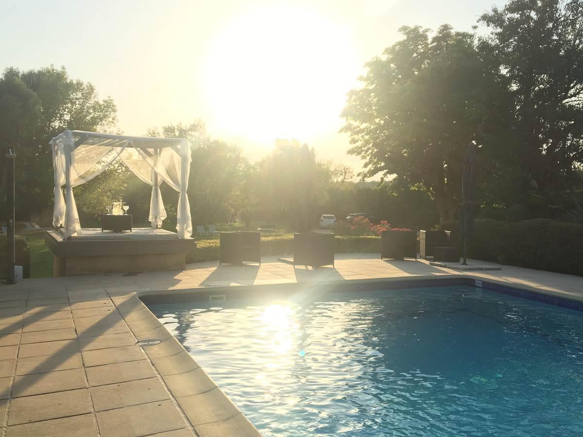 piscine gazebo mas julien