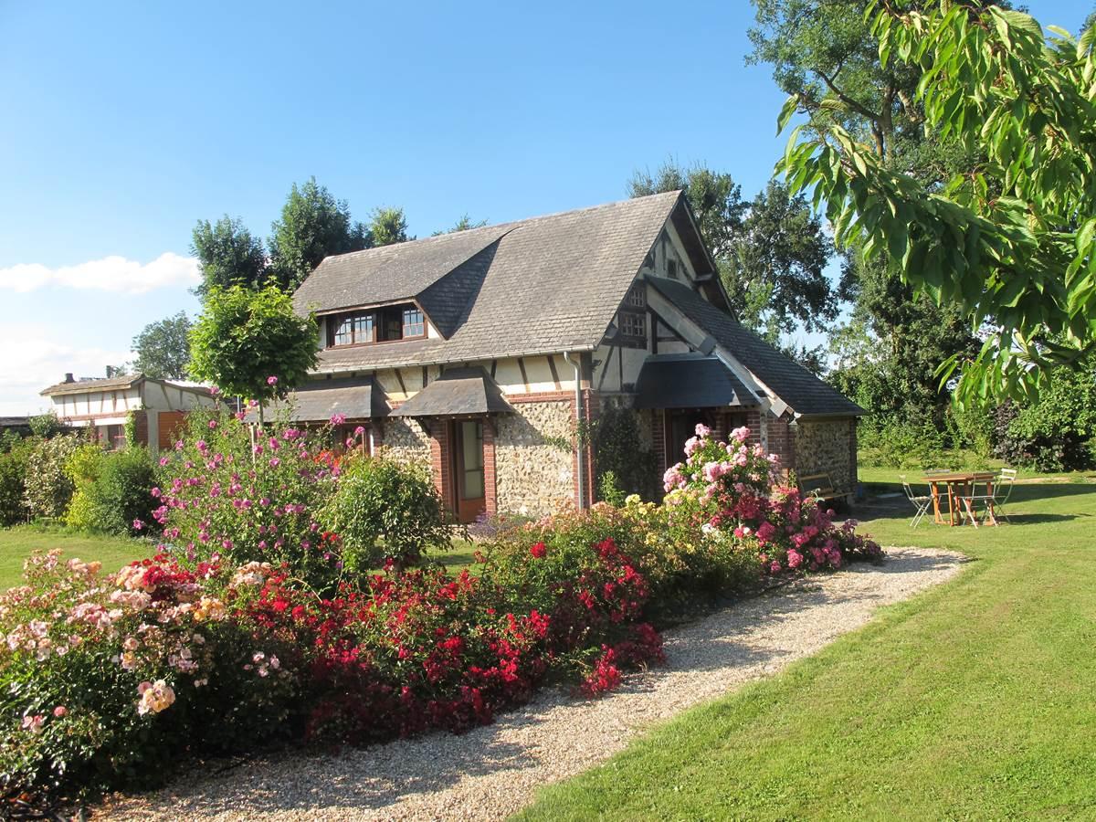 Jardin rosiers - Gîte du Petit Coq - aux3nidsfleuris