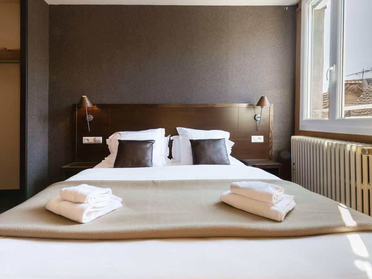 Chambre Supérieure Logis Hotel Relais de Vellinus Beaulieu sur Dordogne