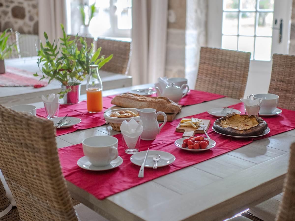 La table d'hôtes de la Vieille Maison de Pensol