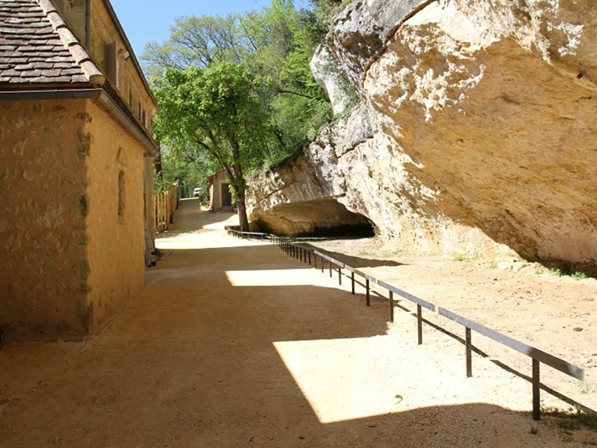 le musée de l'Abri Cro-Magnon aux Eyzies-de-Tayac