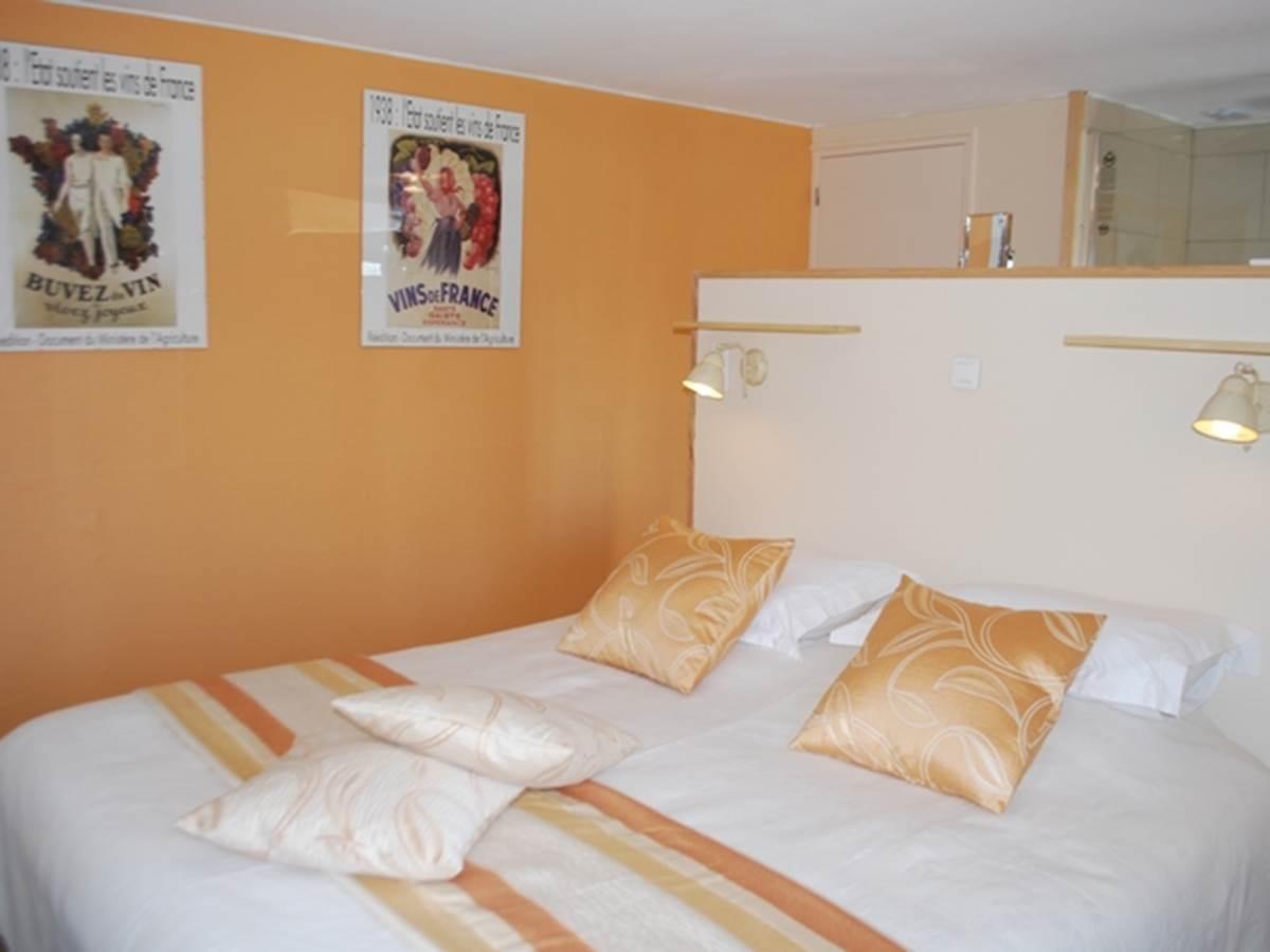 Chambre Guimbelot chambre double lit 1,80m x2,00m