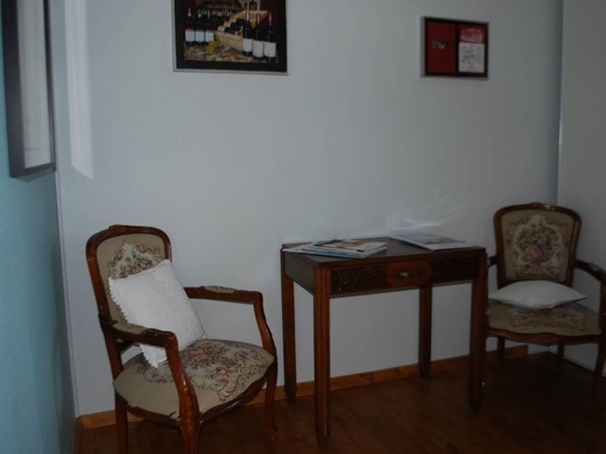 coin bureau- salon  chambre Cabanon au Ranch des Lacs