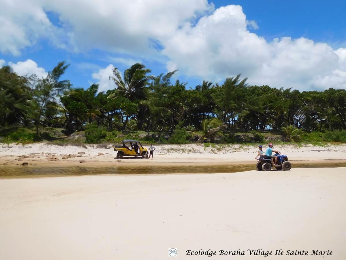 Quad Plage de l'Est Ile Ste Marie