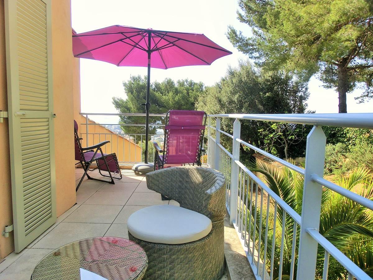 Terrasse chambre Renecros Villa Azur Golf