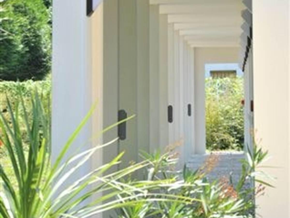 Hotel Eden Park Pau-Bizanos Entrée chambres hotel