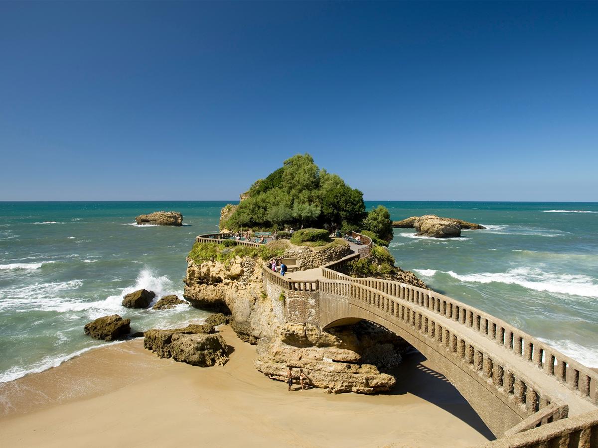 Le pont du rocher du Basta