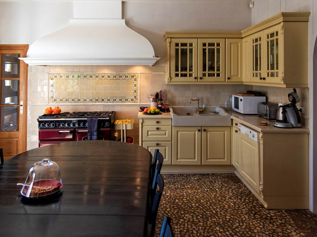 cuisine grande maison (c) Michel Dartenset