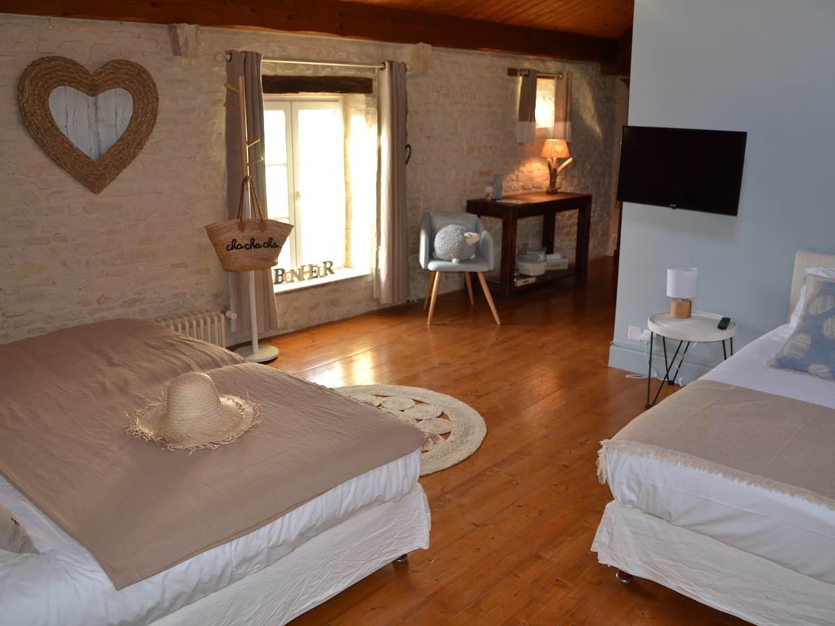 Chambre d'Hôte LIN à La Rochelle Lodge