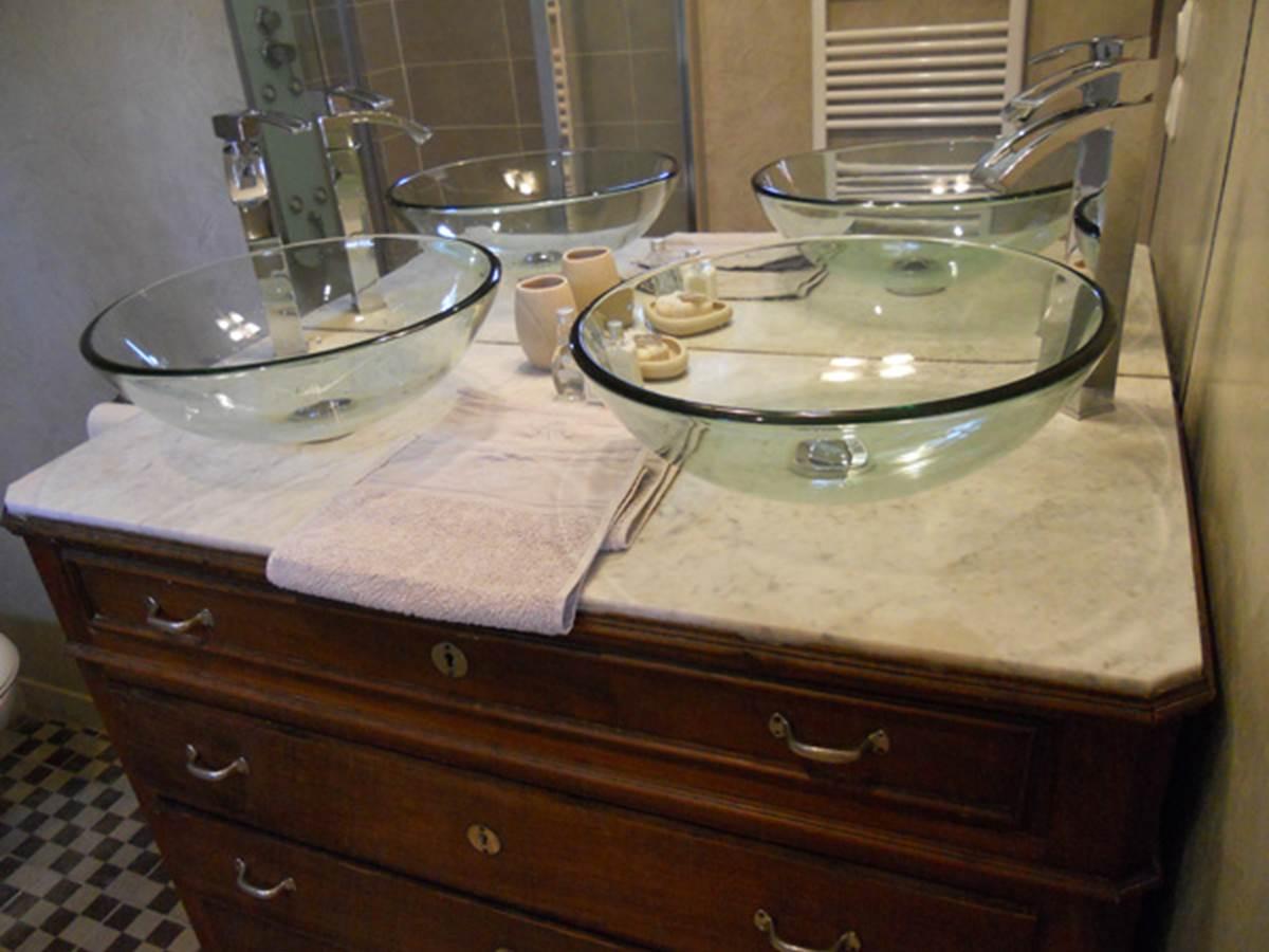 Salle de bain de la chambre Bougainvillée