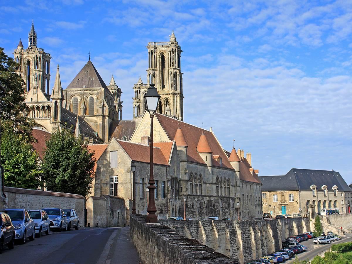 La ville de Laon et sa cathédrale