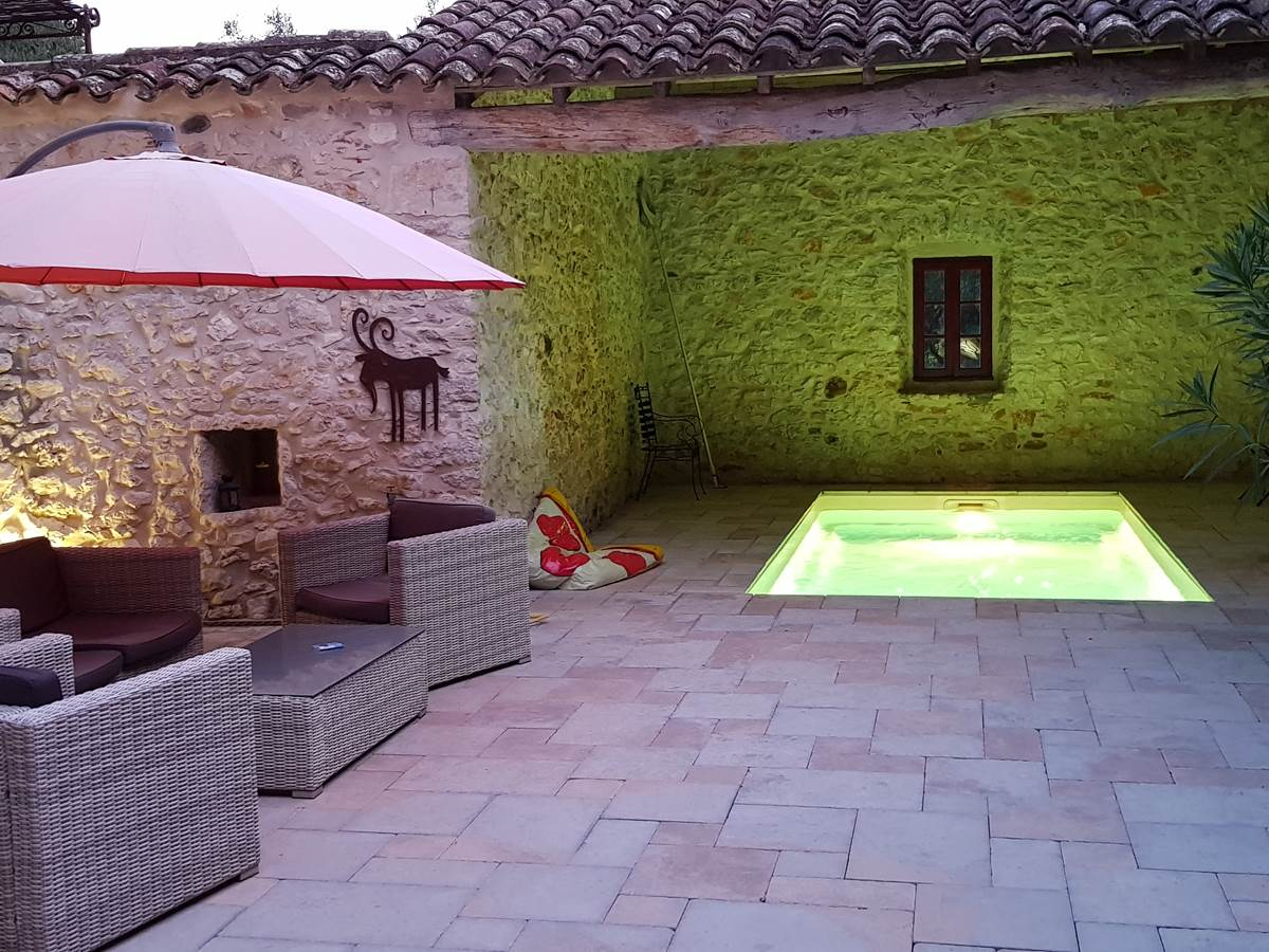 La patio et sa piscine