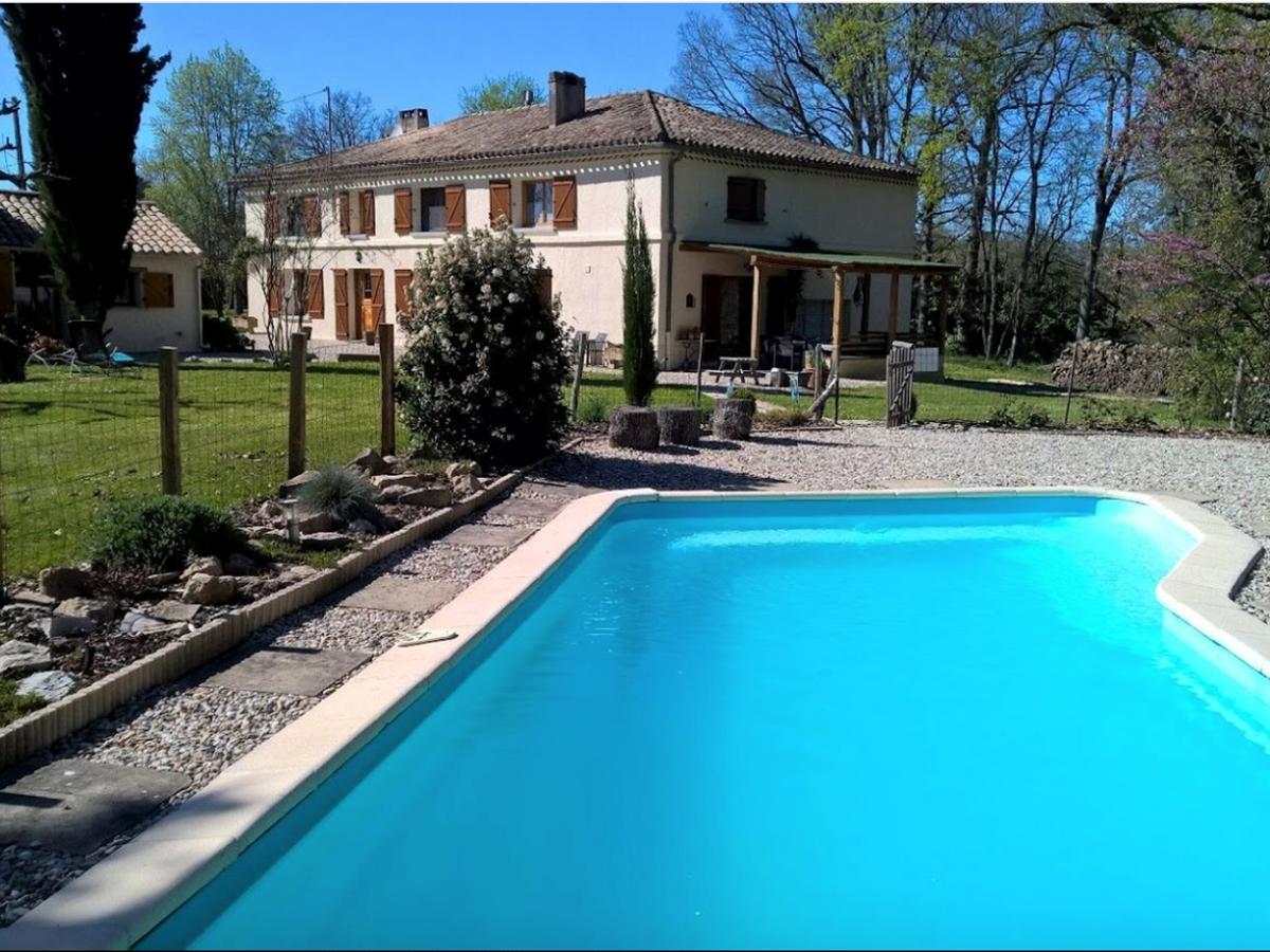 piscine Forestière Chambres hôtes Gîte Quercy