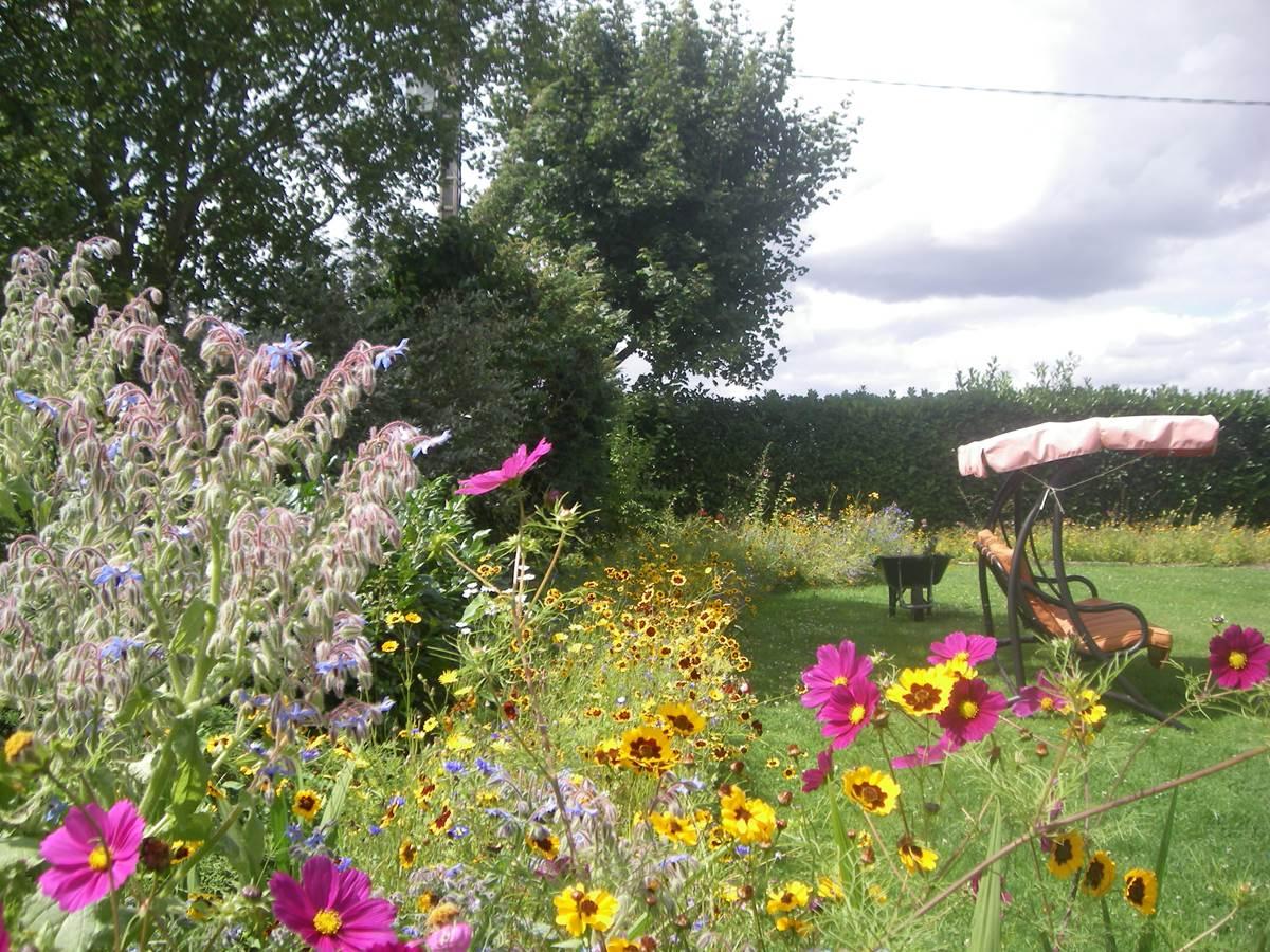 IMGP6695  Le Paradis des abeilles