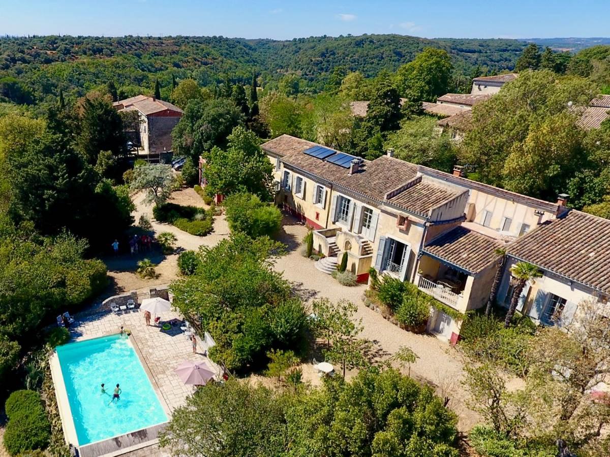 Chambres d'hôtes de charme la Rougeanne et sa piscine près de Carcassonne, Canal du Midi, Aude Pays Cathare, Guide Michelin