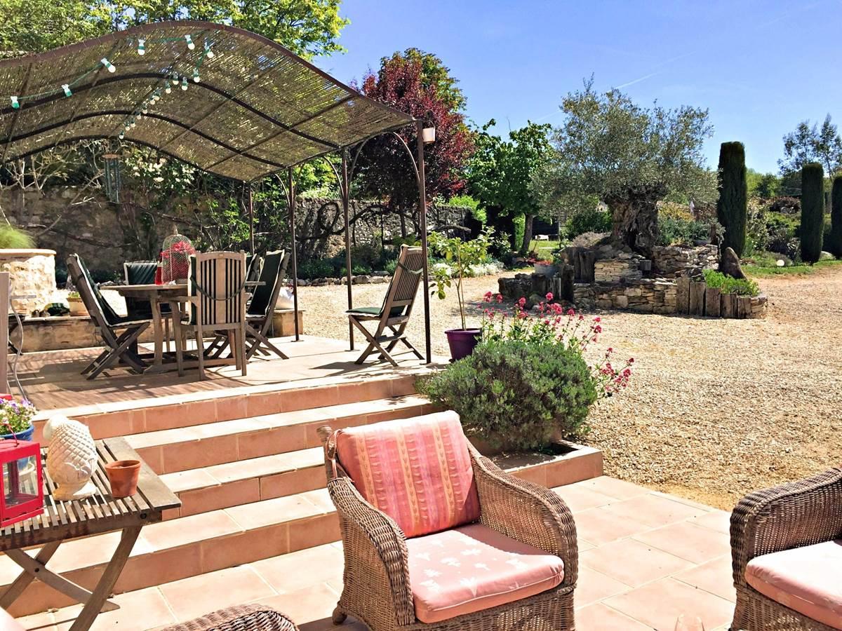 Côté Granges  jardin