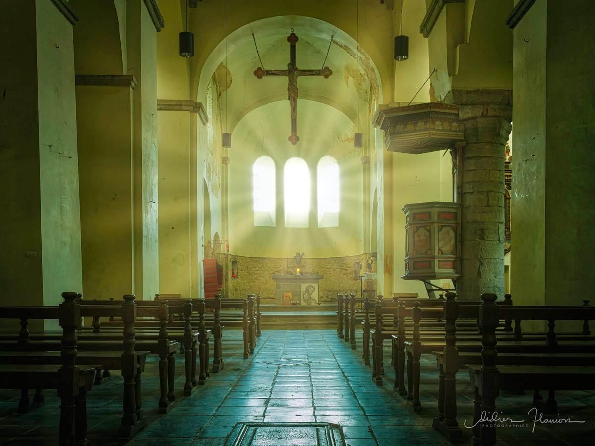 Merci à Didier FLAVION de cette superbe photo de l'Eglise de Xhignesse qui jouxte le gîte