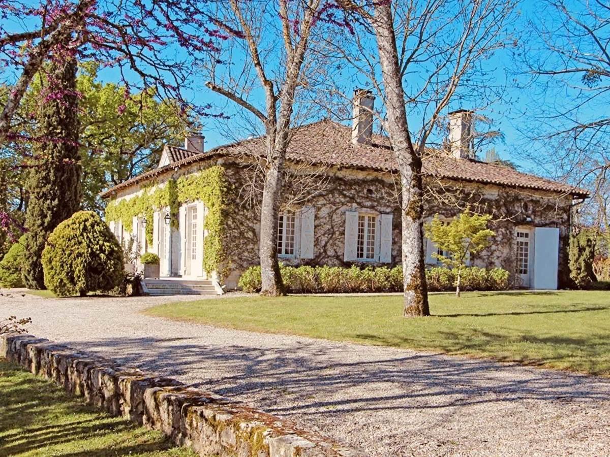 Batisse principale-chambre-d-hote-lesmatinsrubis-tarn-et-garonne-occitanie-location-toulouse