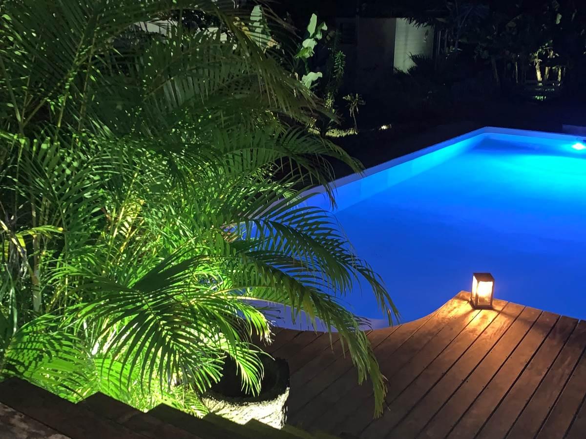 Poé côté lagon de nuit