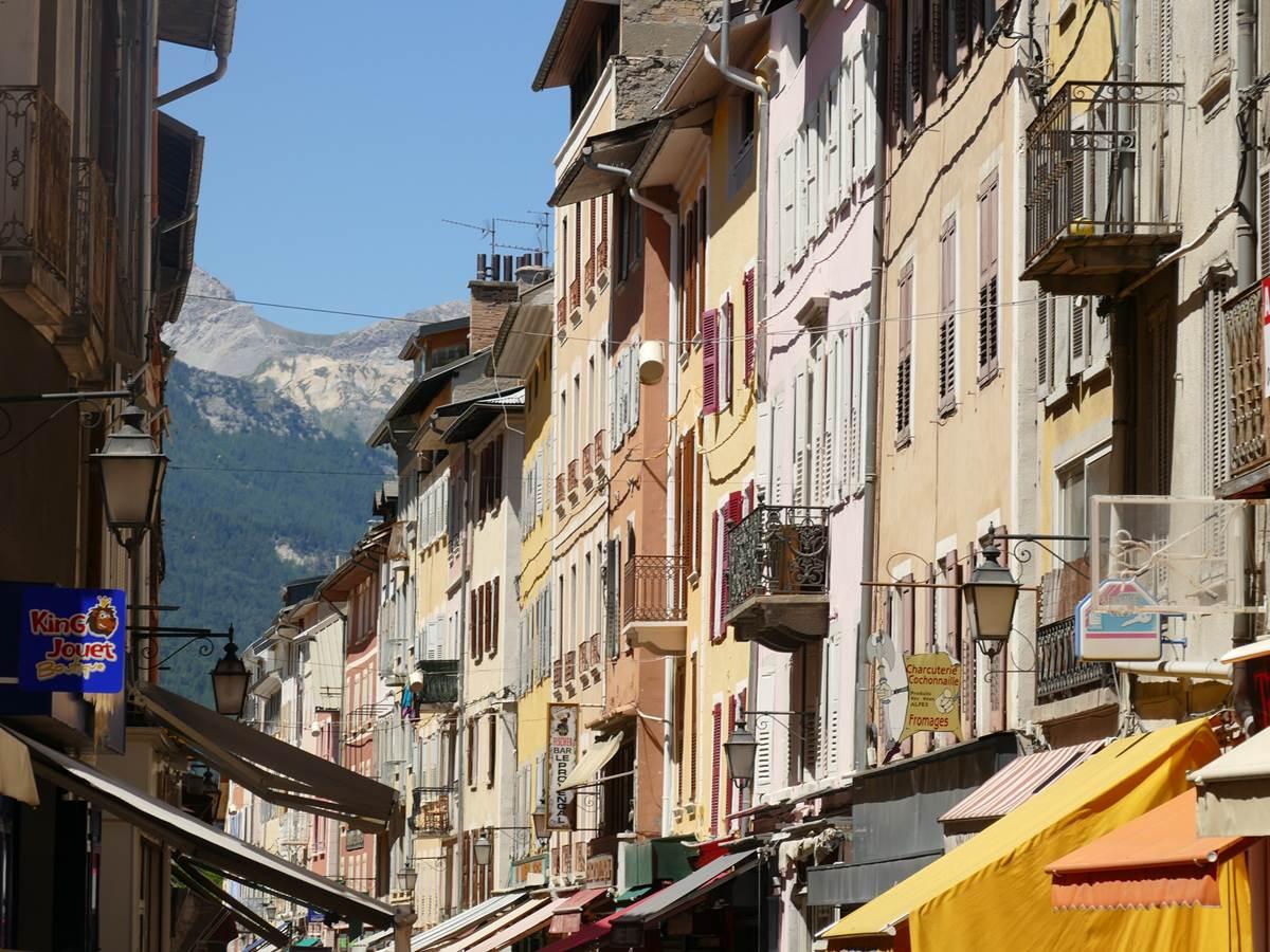 Barcelonnette © Tous droits reserves par Grande Traversee des Alpes–CDT–18517885864_67a081fd24_k