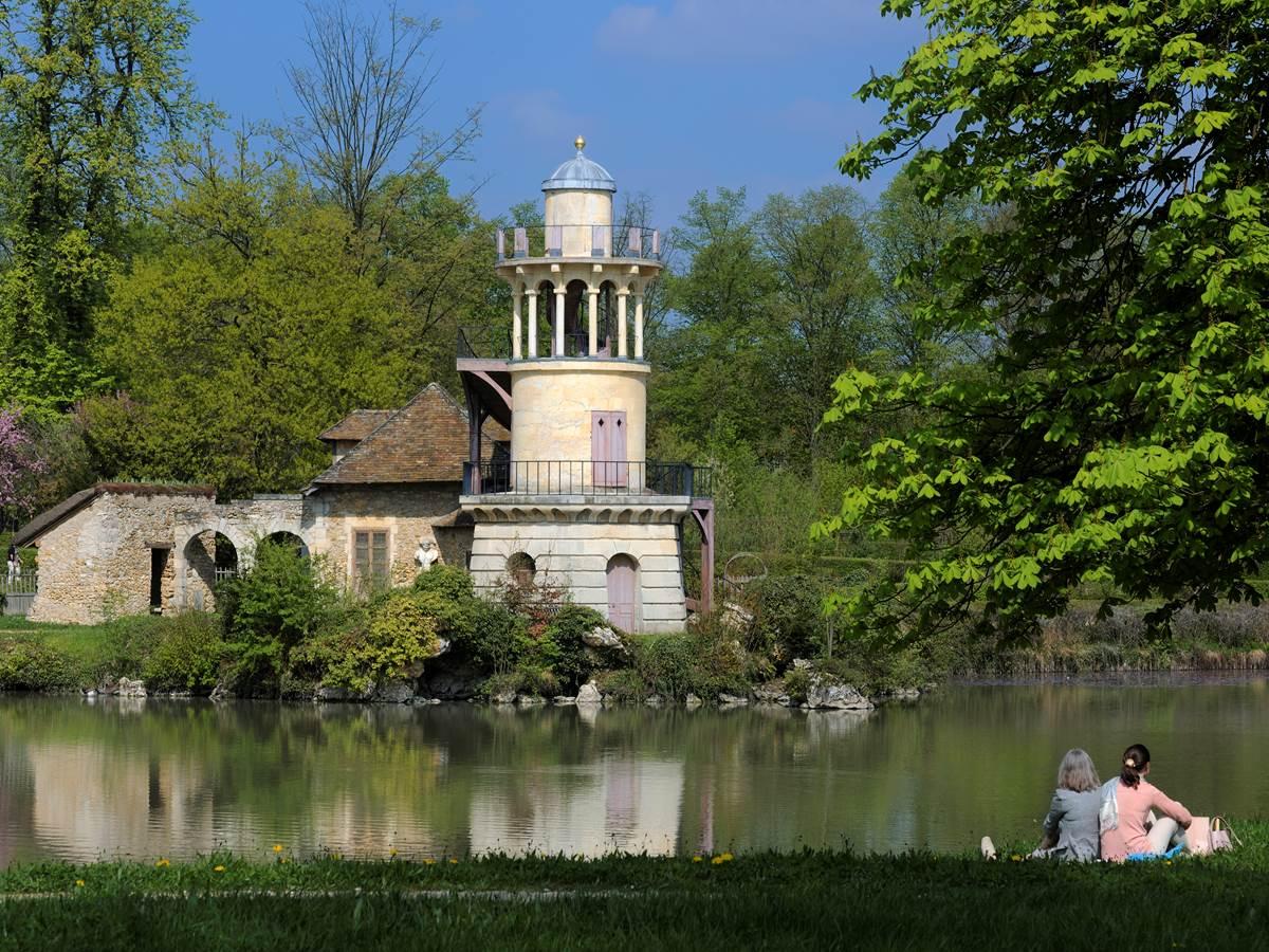 154772941 La tour Marlborough du hameau de Marie Antoinette